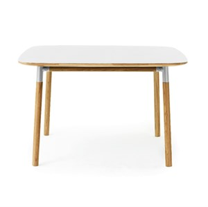 Image of   Normann Copenhagen - Form Bord - 120 x 120 cm