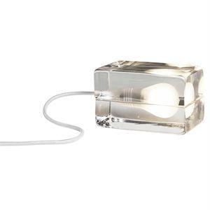 Image of   Block Lampe fra Design House Stockholm - hvid ledning