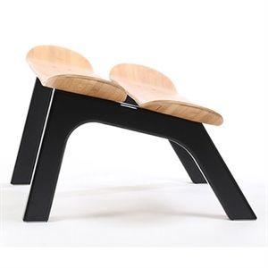 Image of   I'M Board - Skammel - bambus (med sorte ben)