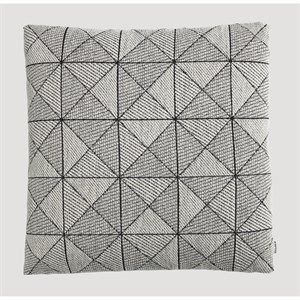 Image of   Muuto pude - Tile pude i sort/hvid 50x50